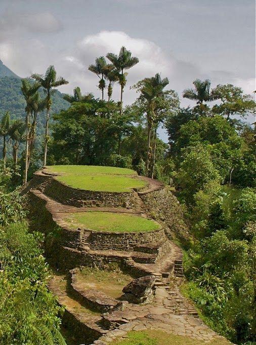 "The Amazing ""Lost City"" (Ciudad Perdida) in the middle of the jungle of the Sierra Nevada. Santa Marta, Colombia.   http://www.turiscolombia.com/hoteles-viajes-paquetes-y-planes-turisticos-en-santa-marta-colombia.htm"