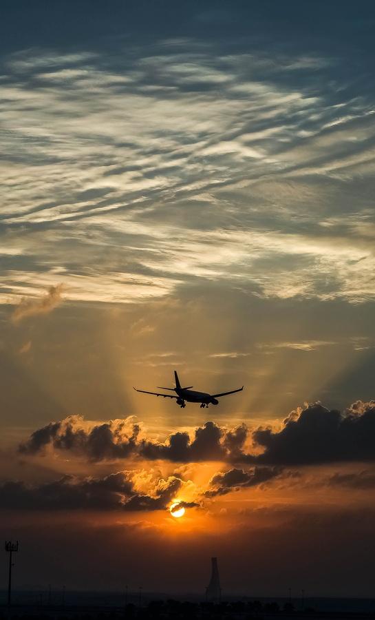 Landing at Sunrise - Abu Dhabi by julian john