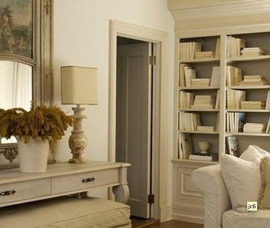 Off White: Photos Galleries, Dreams Team, French Shops, French Country Home, Interiors Design, Colors Palettes, French Antiques, White Wall, French Style