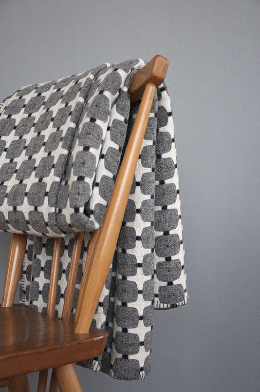Eleanor Pritchard blanket // love the pattern, love the tones. so styled.