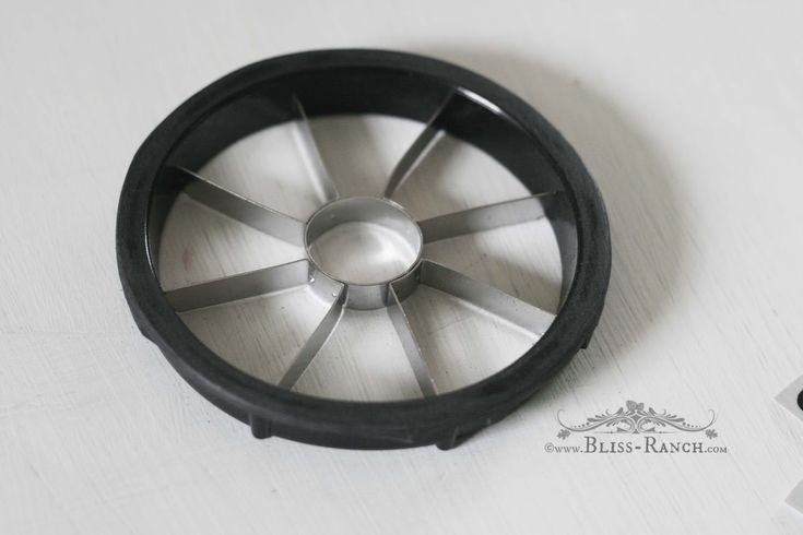 DIY Kitchen stove burners -- apple slicer with handles cut/sanded off; paint black