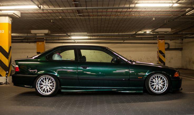 Farngrun (farn green) BMW e36 coupe on cult classic Rondell 058 wheels (8,5x17 et13 205/40, 10x17 et15 215/40)Już…
