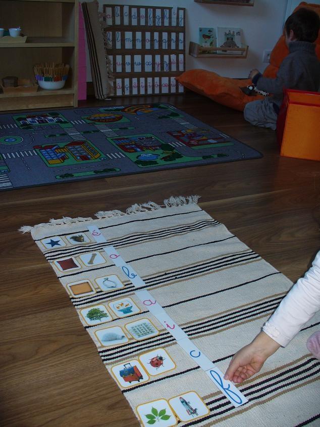 A la douce: pédagogie Montessori - trouver le 1er son des mots