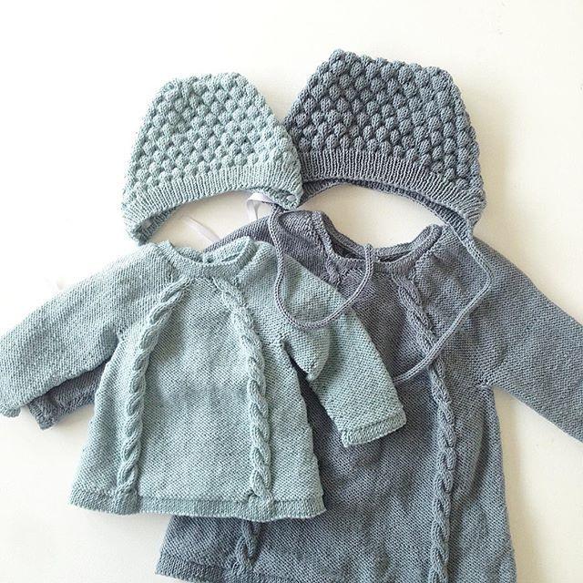 Ministrikk klarer det å lage plagg som passer liten og stor, gutt og jente, og som er så fine i så mange forskjellige farger! #javielskerministrikk#ministrikk#kulekyse#knapperbakgenser#barnestrikk#babystrikk#instaknit#knitstagram#knittersofinstagram#knitting