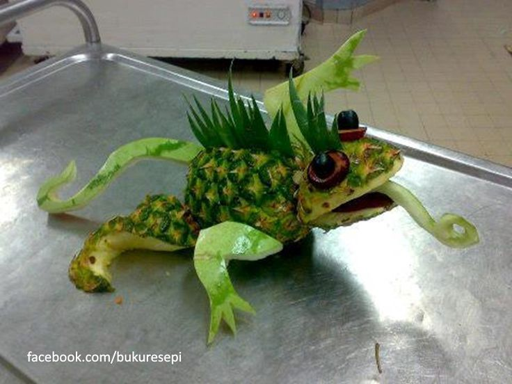Carved watermelon and pineapple lizard $25