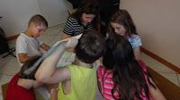 Art Activities for Kids: interacting with modern art and drawing.