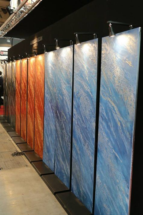 Segui il Tuo Isinto effetto Pietra spaccata colore blu e arancio. #interiors #design #decorazione #casa #pitturadecorativa #pareti #paintwall #wallpaint #ggf #paintwall #wallpaint #decoration #home #wall