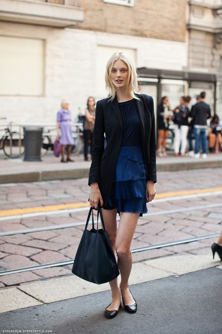 long black blazer + the most perfect shop bag ever