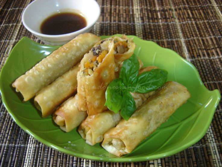 Tasty Indonesian Food - Lumpia Ayam This is a great choice of easy tasty appetizer for your party. It's really tasty. In Indonesia, you can find it easily in some restaurants or food stalls in the street. This is also a speciality from  Semarang, a town in Central of Java.