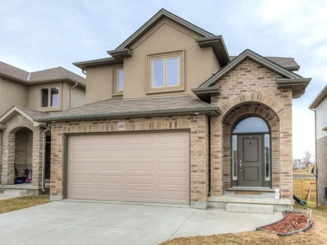 4 Year Old 2-Storey with Walkout Basement backing onto Open Space in Deer Ridge West! -   $344,900 - http://www.LondonOntarioRealEstate.com/listing/cms/1804-cherrywood-trail-london-ontario/ -   #RealEstate #ForSale in #London by #Realtor