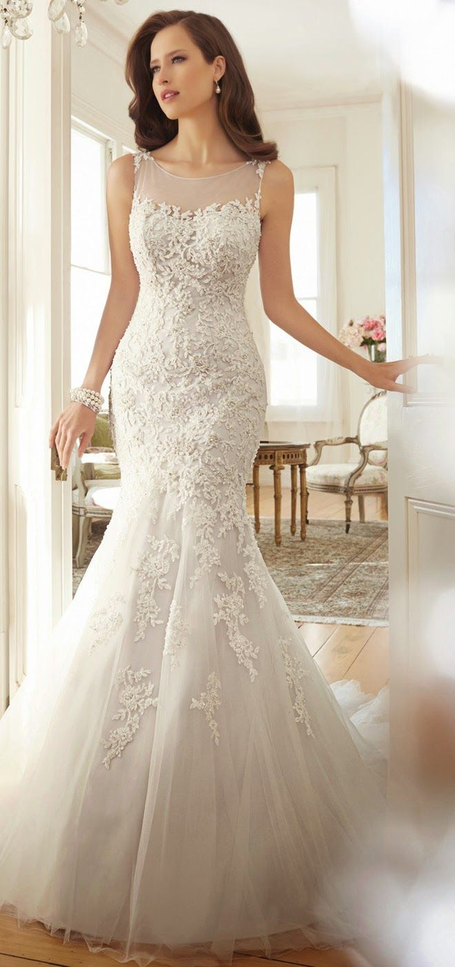 56 best Mireasa sirena images on Pinterest | Wedding frocks ...