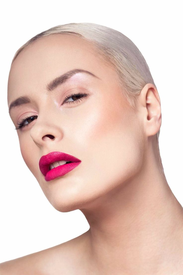 Pink lips 💋💋photo: Aleksander Ikaniewicz model: Julia Jabłońska