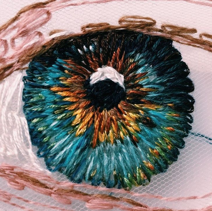 14People Who Turned Embroidery Into Masterpieces