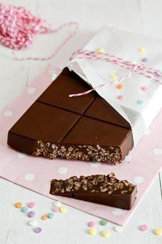 Turrón de chocolate y arroz inflado, receta de Maria Lunarillos. Fácil y riquísima!! Gracias Maria Lunarillos!!