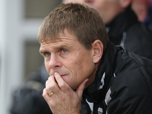 Leyton Orient appoint Andy Hessenthaler as new manager