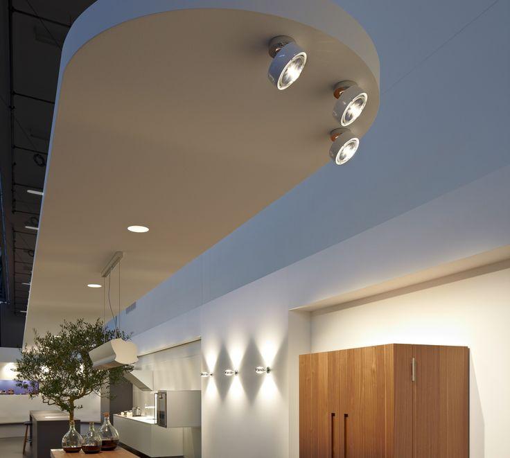 ceiling: Più alto, Più piano seamless in | wall: Sento verticale