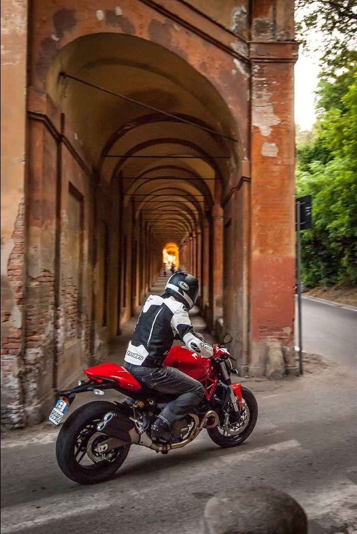Ducati Monster 821 >> 2015 DUCATI Monster 821   Motorcyclist Magazine   Bikes ...