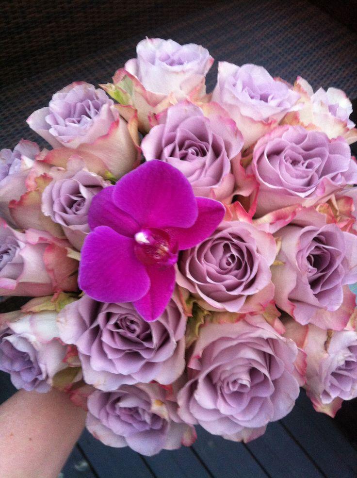 Rose, lilla, roser og orkide