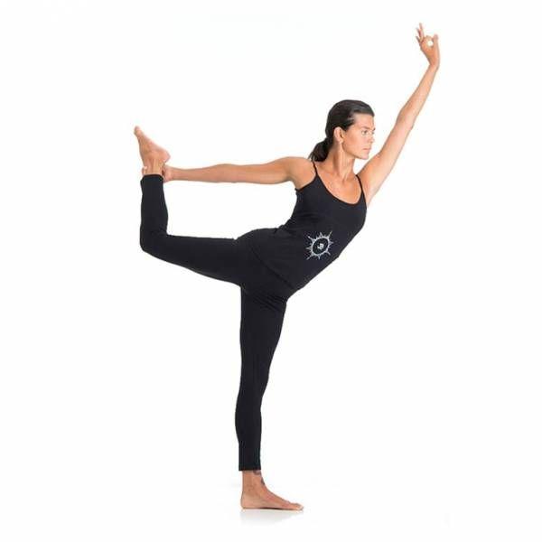 LEGGING YOGA LUNGO Legging a vita bassa in morbido jersey stretch. Ideale per il fitness, confortevole per il tempo libero. Ottima vestibilità. Pensato per tutti i tipi di pratica yoga. Ideale anche per tutti gli sport e la danza #YogaEssential #WearEssential #yoga #Moda
