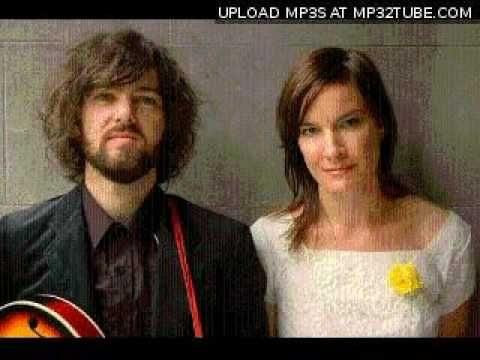 Jen Cloher and Jordie Lane - Electric Feel (MGMT Cover) - YouTube