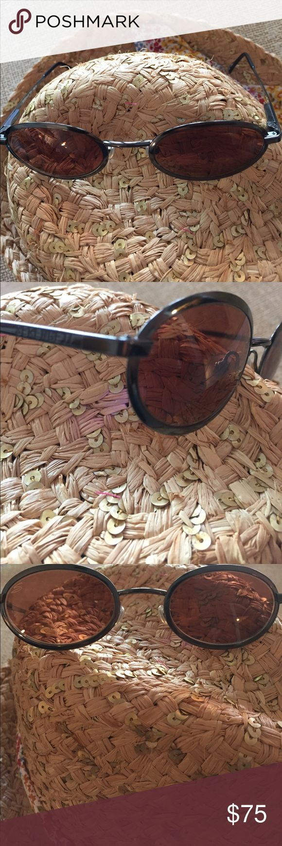 Serengeti sunglasses. Authentic. Gorgeous. Guarantee authenticity and in mint condition. Original style and comfort Serengeti Accessories Sunglasses