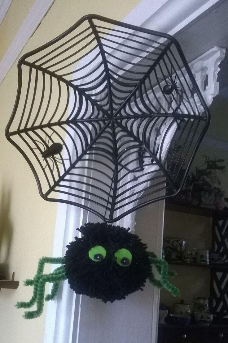 Pompom spider