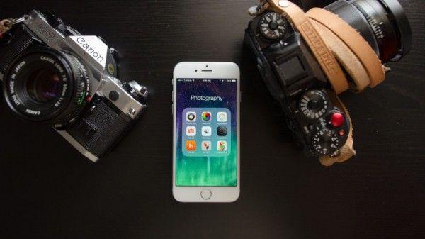 Aplikasi edit foto iPhone adalah aplikasi untuk editing foto yang tersedia di Apps Store – pasar seluruh aplikasi untuk produk iPhone.