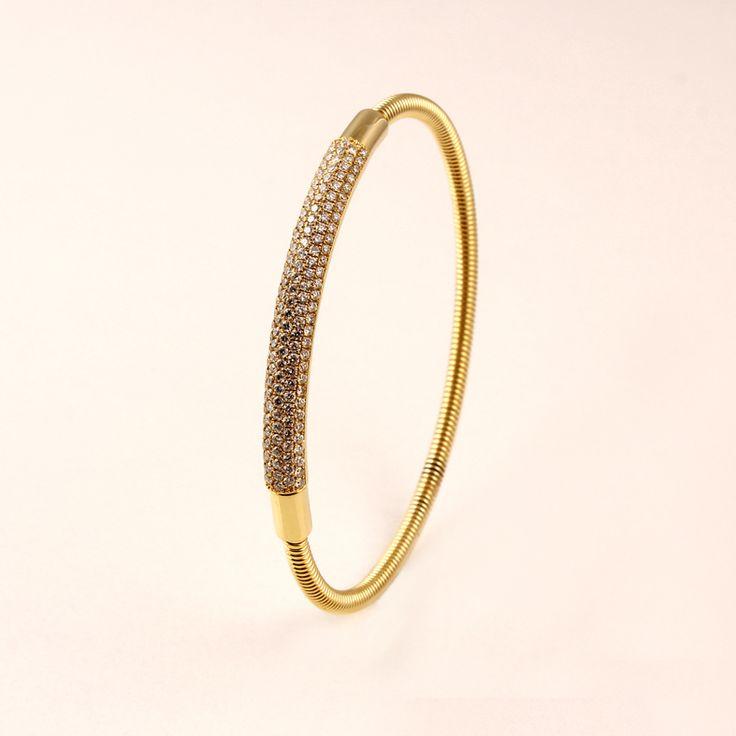 14ct(585) Yellow Gold Armring with 1.82ct W-VS Diamonds. By Golden Eye Jewellery Turkey Alanya