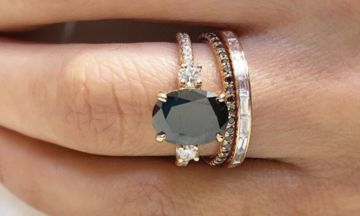 13 Black Engagement Rings For Brides With A Dark Side | The Huffington Post ...repinned für Gewinner! - jetzt gratis Erfolgsratgeber sichern www.ratsucher.de