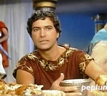 """Gustavo Rojo was an unlikely Julio Cesar in the italian film of Sergio Grieco filmed in 1962, """"GIULIO CESARE CONTRO I PIRATI"""".  Julius Caesar flees Rome because of a conspiration against him and takes refuge by the king of Bitinia..."""