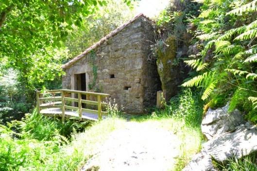 Ruta de El rego de los molinos en Cabana de Bergantiños #costadamorte