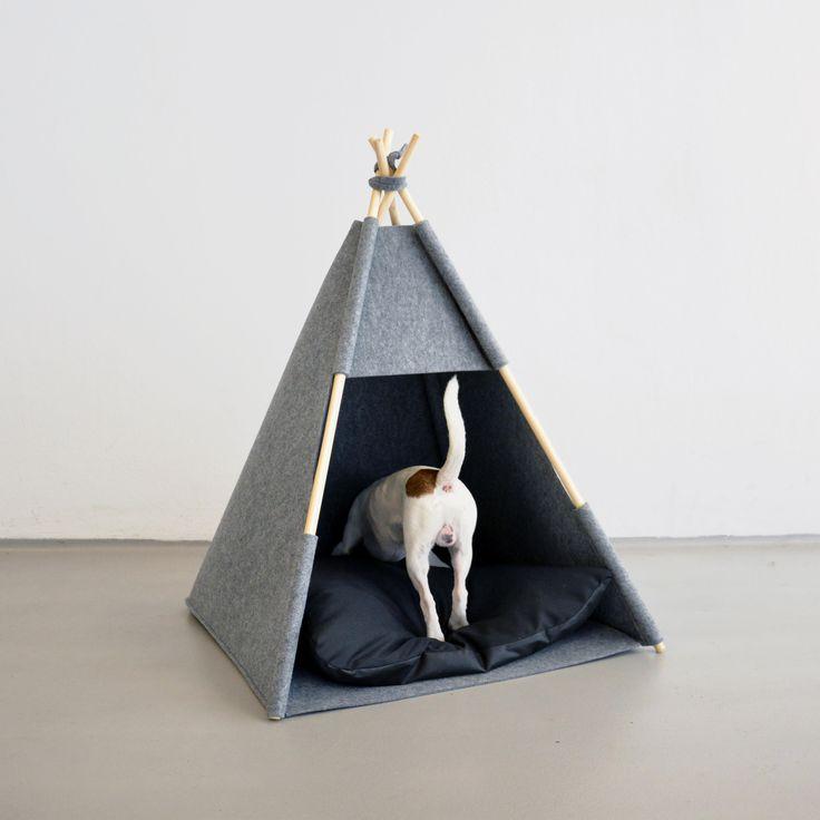 TIPI TELT fra Hello Pets.   Selvfølgelig miljøvennlig, og av GOD kvalitet.     Du finner det hos oss på www.romeojulie.no