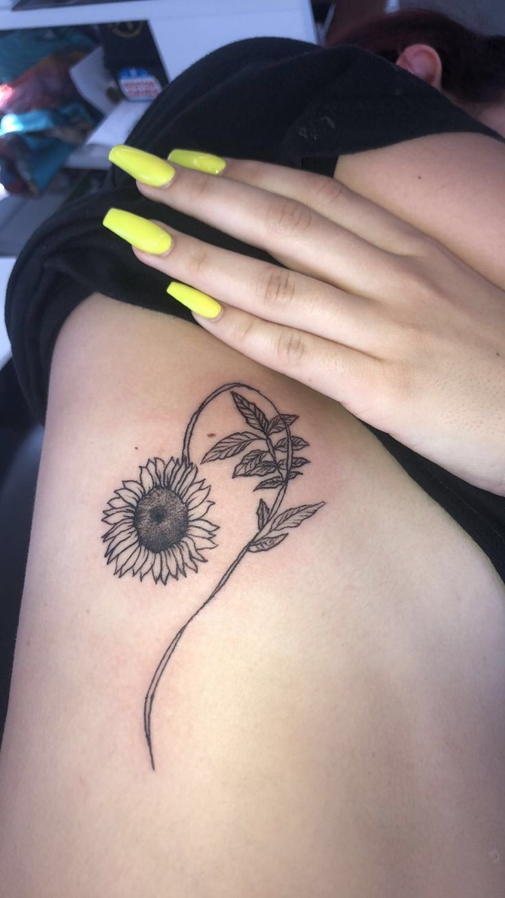 Leo Sonnenblumen Tattoo | Tattoo Ideen und Inspiration,  #Ideen #Inspiration #Leo #leotattooi…