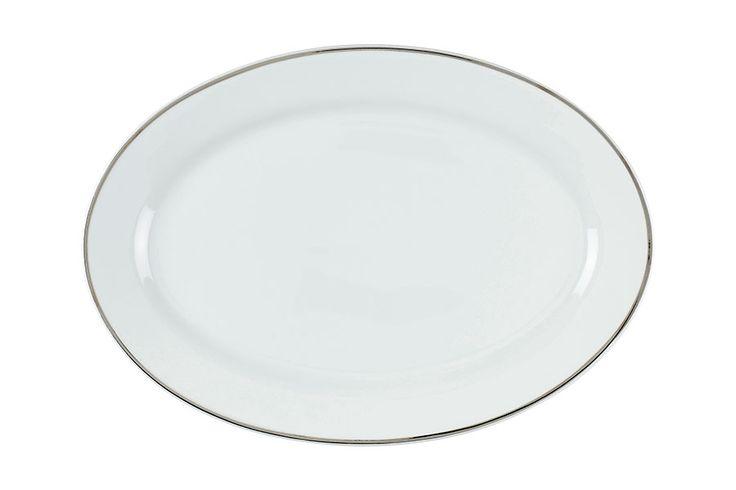 31cm. Hvit med sølvkant