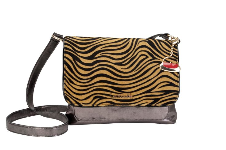 GET THE LOOK - Pair our Across Body in pewter with our Tiger TrendStyler™ http://www.larissa-k.com/base-bags/london-across-body-metallic-pewter-detail AND http://www.larissa-k.com/trendstylers/tiger-trendstyler-detail