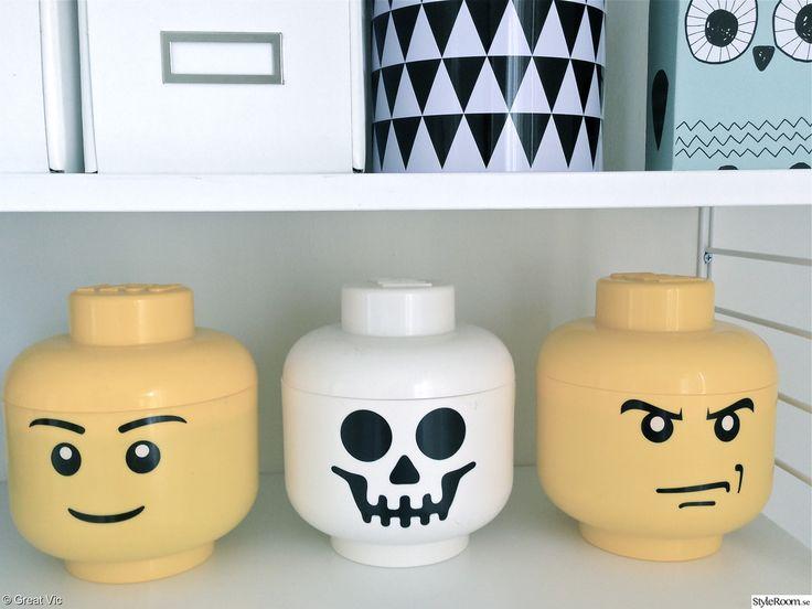 förvaring,barnrum,lego,legohuvud,stringhylla