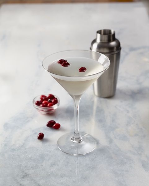 Now that Thanksgiving has come to a close, it is time to bust out the beautiful winter-white cocktails. Dish up Bonefish Grill's Winter White Cosmo at your upcoming holiday fete.