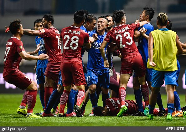 Former Chelsea midfielder Oscar was guilty of sparking an incredible mass brawl between Shanghai SIPG and Guangzhou R&F players at the weekend
