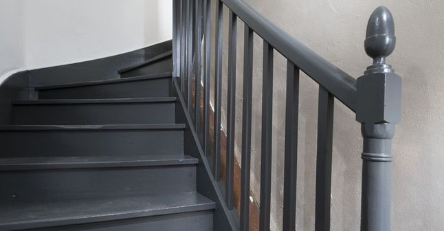 repeindre un escalier pour le relooker conseils et tapes suivre. Black Bedroom Furniture Sets. Home Design Ideas