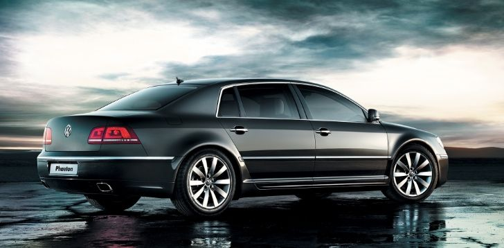 2018 Volkswagen Phaeton Said to Use MLB Evo, Offer V8 TDI and V6 Hybrid Engines http://www.autoevolution.com/news/2018-volkswagen-phaeton-said-to-use-mlb-offer-v8-tdi-and-v6-hybrid-engines-87112.html