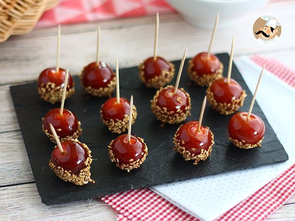 Te gusta el dulce/salado? te va a encantar estos pequeños tomatitos caramelizados para el aperitivo! :) - Receta Aperitivo : Tomates cherry caramelizados con sésamo por Petitchef_oficial