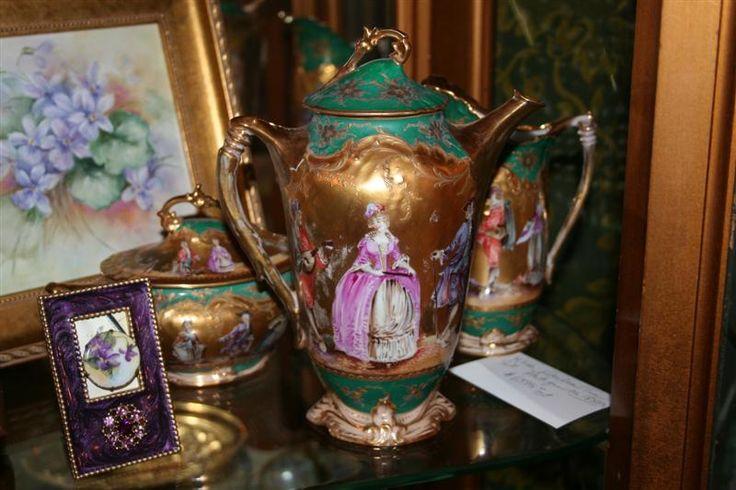 Antiques.com   Classifieds  Antiques » Antique Porcelain & Pottery » Antique Teapots & Tea Sets For Sale Catalog 11