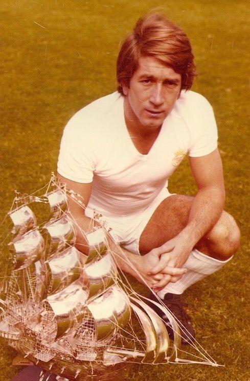 Manolo Velázquez (1943-2016). Temporadas (12). 1965-1977. Ligas (6). Copas (3). Copa de Europa (1). Goles 59  (40º máximo goleador). Partidos 402 (20º puesto)