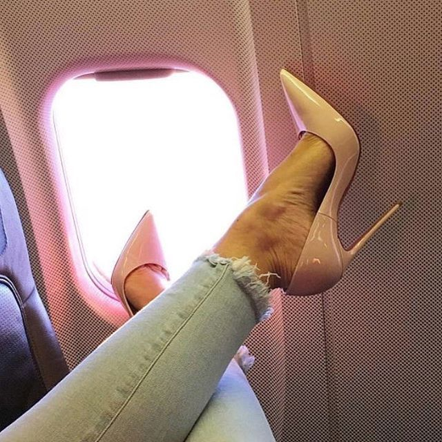 Everywhere I go 👠 #la #bikini #summer #sexy #섹시 #nike #vogue #kardashian #khloe #kortney #heel #Vogue#instagram#longhair#dope#teen#tags#fashionlife #bikini #la #paris #비키니 #태닝 #아디다스 #나이키 #리미티드 #드레스 #파티 #클럽  #란제리 #구두 #힐