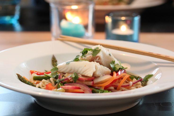 Hot fiskesuppe med asiatiske smaker
