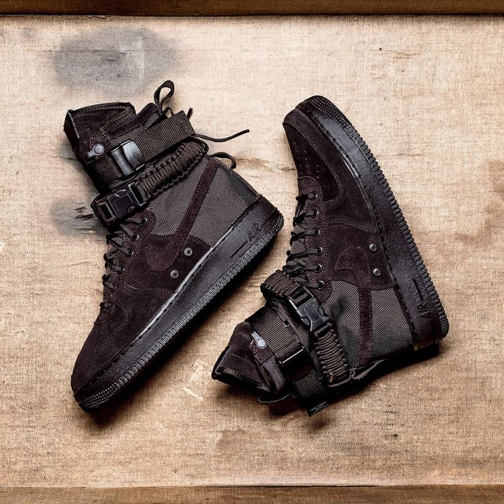 Nike SF-AF1 High (864024-203) Special Field Air Force 1  Velvet Brown Suede  USD 165 HKD 1290 New Arrival https://www.kickscrew.com/detail/20352/Nike-SF-AF1/Velvet-Brown/864024-203/ #solecollector #dailysole #kicksonfire #nicekicks #kicksoftoday #kicks4sales #niketalk #igsneakercommuinty #kickstagram #sneakflies #hyperbeast #complexkicks #complex #jordandepot #jumpman23 #nike #kickscrew #kickscrewcom #adidas #nikes #black #summr #hk #usa #la #ball #random #girl