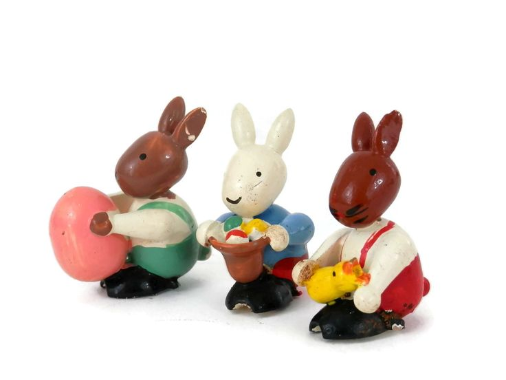 Set 3 Easter Bunny Rabbits Erzgebirge Wood Ornaments German Folk Art Holiday Decor by bigbangzero on Etsy