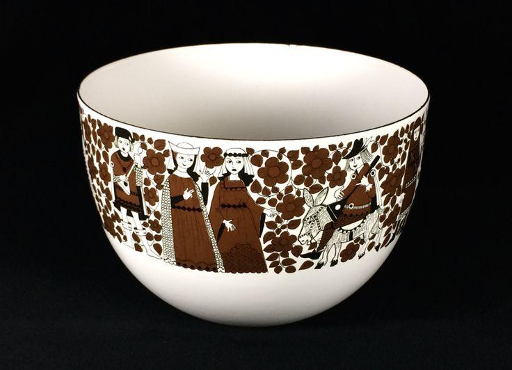 Arabia Finland Kaj Franck Enameled Ritari Bowl with Medieval Theme: Knights, Minstrels & Maidens by StevieSputnik on Etsy