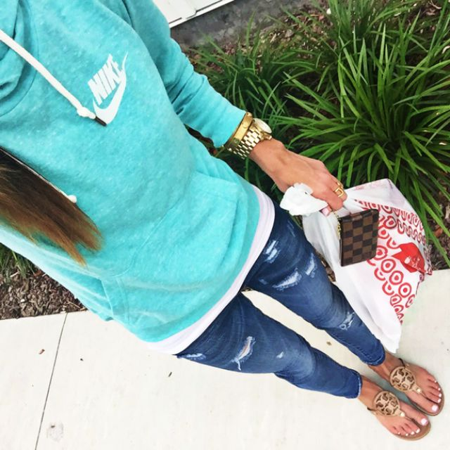 IG: @Alyson_Haley | Shop the look here: www.liketk.it/1rdBm