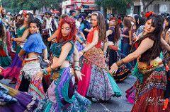 Femmes chiliennes. Mujeres chilenas. Carnaval de la challa y del roto chileno. Santiago de Chile